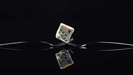Vacuum packaging technology for gorgonzola